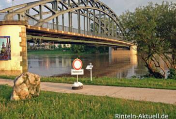 Dauerregen führt zu Hochwasser und Überschwemmung