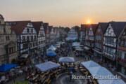 Rintelner Altstadtfest lockt und rockt mit launigen Klängen