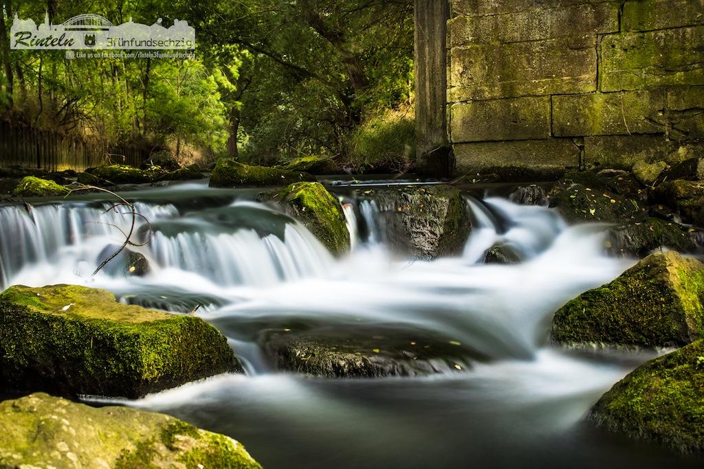 Rinteln 365: Langzeitbelichtung vom Flusslauf der Exter