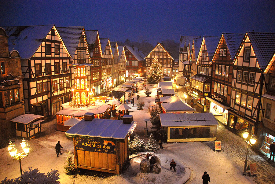 rinteln aktuell adventszauber weihnachtsmarkt platz fest dezember xmas