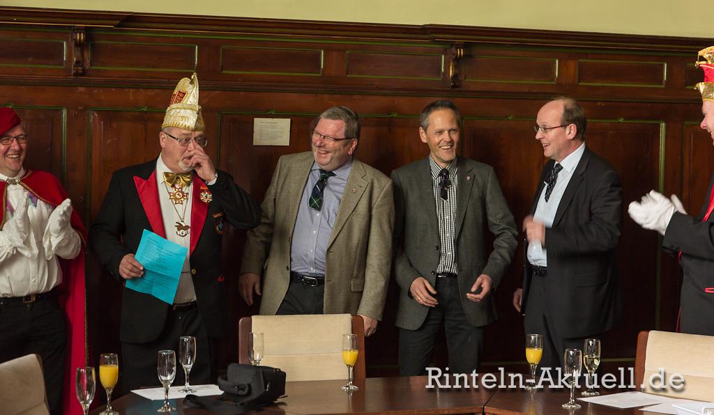 12 rinteln karneval rathaus hexen schluessel buergermeister