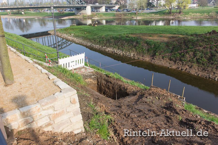 """Leichtbau: Die Brücke wiegt trotz 22,3 Metern Länge und 2 Metern Breite """"nur"""" 6,5 Tonnen. Die Fundamente können dadurch schlank gehalten werden."""