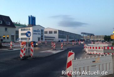 Ein Kreisverkehr, der gar keiner ist: Vorsicht an der Baustelle