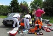 Manipuliertes Ortsschild: Mögliche Ursache für schweren Verkehrsunfall zwischen Auto und Motorrad in Krankenhagen