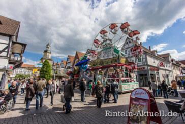 Kirmesnostalgie und Altstadtflair: Rintelner Herbstmesse lockt vom 31. Oktober bis 03. November 2014