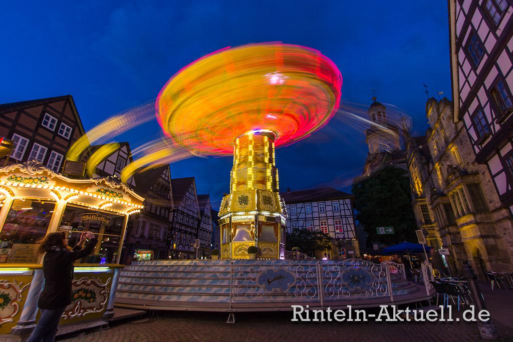 47 rintelnaktuell maimesse 2014 karussel buden riesenrad fahren spass familie