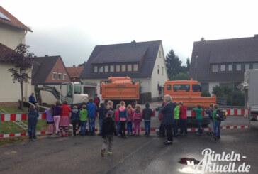 Baustelle an der Grundschule Nord: Pflasterung für leichteren Zugang