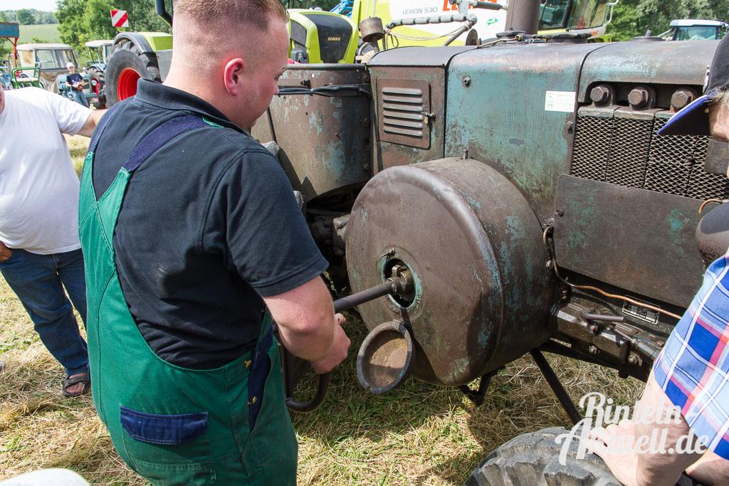 14 rintelnaktuell alttraktoren trecker treffen lanz bulldog deutz diesel porsche