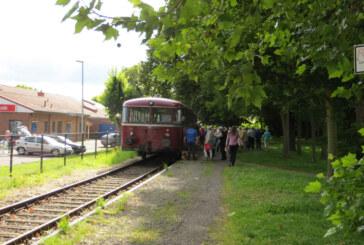Auf Achse: Der Schienenbus fährt wieder durchs Schaumburger Land