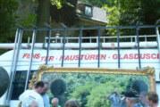 Spieglein, Spieglein an der Wand: Riesen-Spiegel aus der Arensburg gerettet