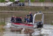 Die Weser, das unbekannte Wesen: Übung von Polizei, DLRG und Feuerwehr für den Ernstfall