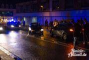 Die Kurve nicht gekriegt: Opel Corsa rammt Bordstein / Tasche mit Wertgegenständen in Exten mitgenommen
