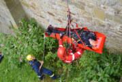Rettung an der Schaumburg: Höhenrettungstruppe Schaumburger Land bei Termin in luftiger Höhe