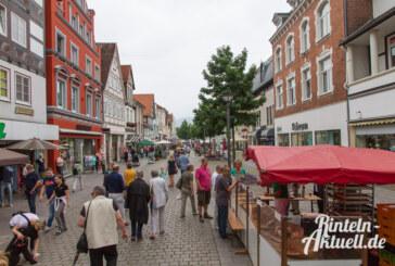 Häppchen- und Schnäppchen-Markt 2015: Sommerschlussverkauf in Rinteln an einem Tag