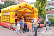 KNAX feiert 40. Geburtstag – Große Party im Prinzenhof der Sparkasse Schaumburg