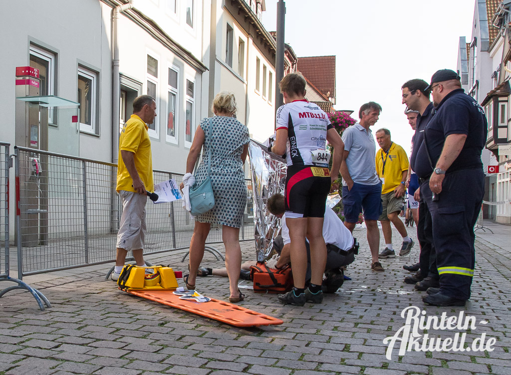 83 rintelnaktuell stueken mountainbike cup mtb wesergold victoria lauenau altstadt event fahrrad