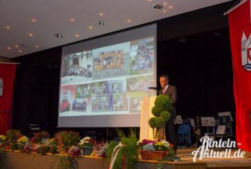 """""""Bürgermeister im emotionalen Ausnahmezustand"""": Karl-Heinz Buchholz aus dem Amt verabschiedet"""