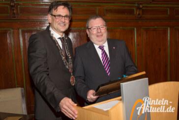 Karl-Heinz Buchholz wird Ehrenbürgermeister der Stadt Rinteln