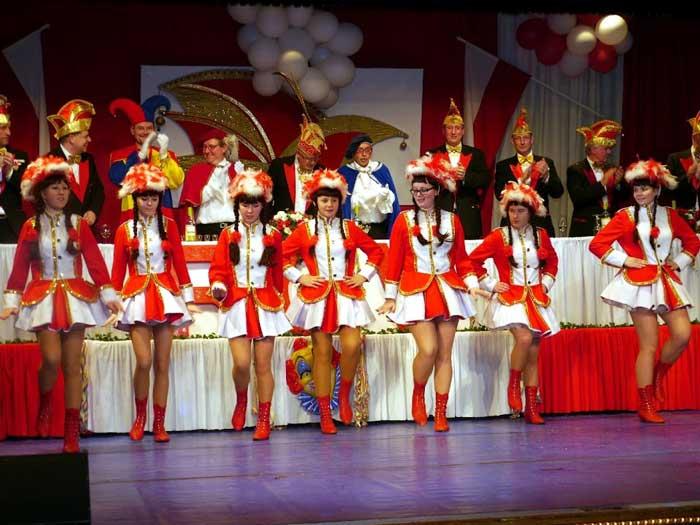 01-rintelnaktuell-rcv-carnevalsverein-tanzgarde