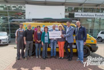 Helfende Hände bringen 1.600 Euro für Rintelner Silvesterinitative