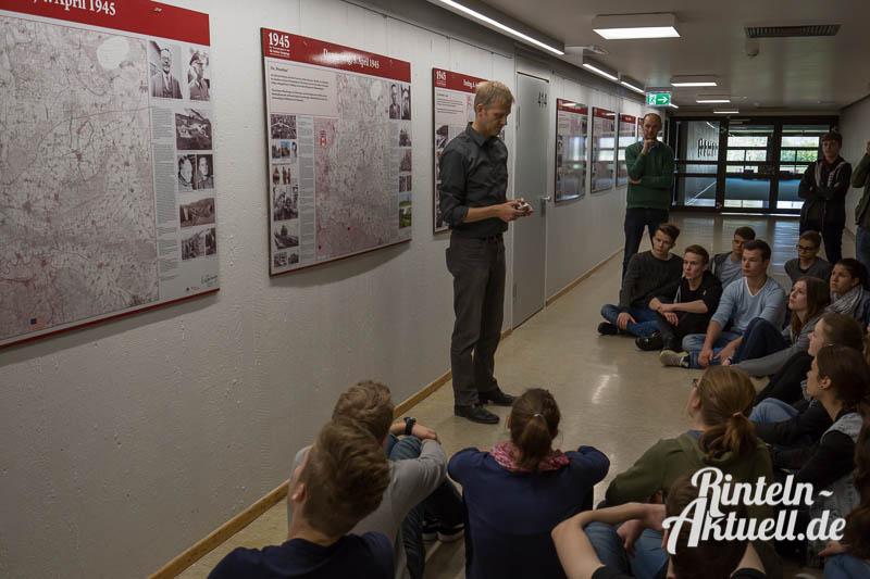 02 rintelnaktuell ausstellung gymnasium ernestinum 1945 weltkrieg geschichte historie