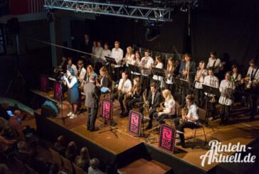 """CD-Vorstellung mit Emotionen: """"Generation G8"""" bringt Musik der Ernestinum Bigband groß heraus"""
