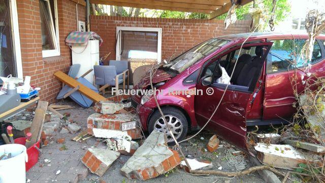 Durch Die Wand Auto Zerstort Mauer