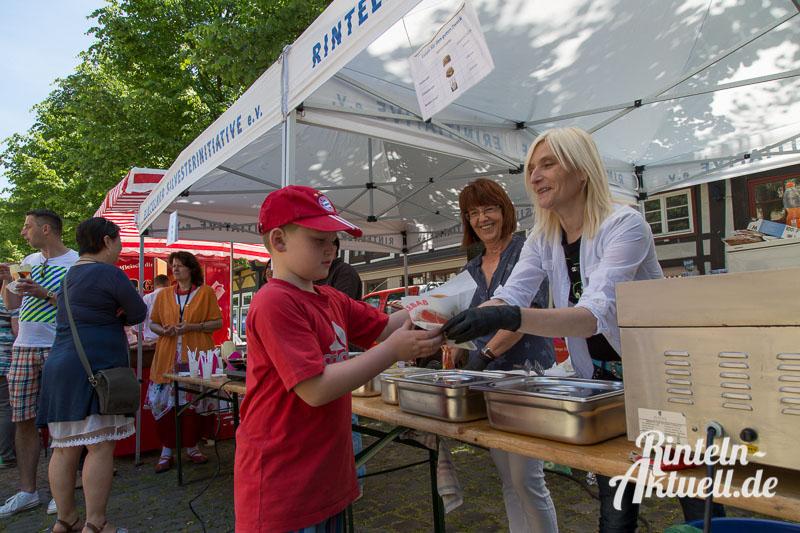 06 rintelnaktuell bauernmarkt 7.6.15 innenstadt essen trinken