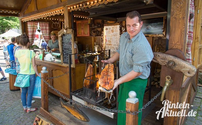 23 rintelnaktuell bauernmarkt 7.6.15 innenstadt essen trinken