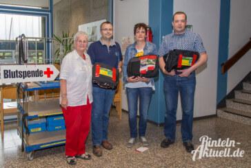 DRK freut sich über 250 Blutspenden, 33.333. Spenderin erhält Zoo-Karten