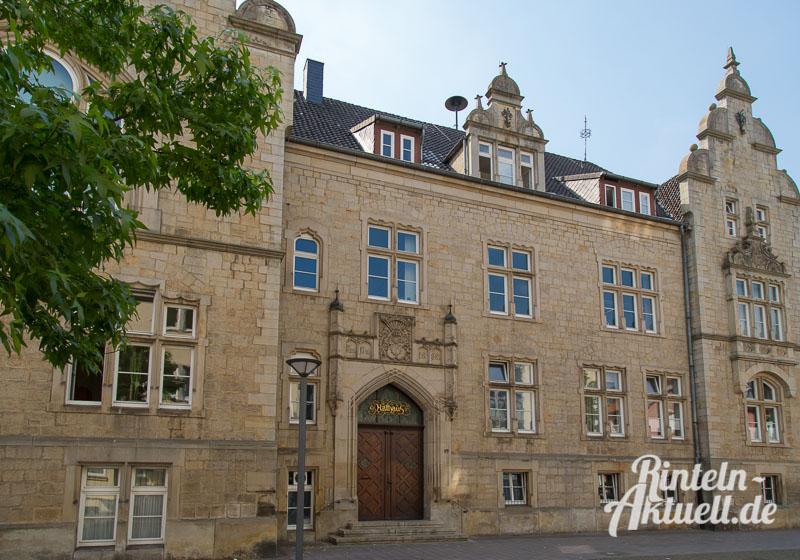 01-rintelnaktuell-rathaus-verwaltung-klosterstrasse-stadt