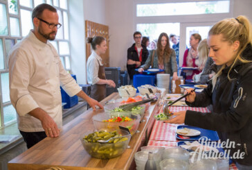 Kochen für 120 Studenten: Bauer Giese und die Verpflegung bei der Sommeruni