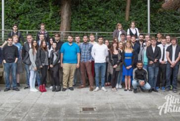 Zweiter Bildungsweg geschafft: 39 Absolventen erhalten Zeugnisse
