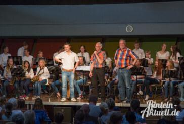 Sommerbühne im Ernestinum mit Trommeln und Filmmusik