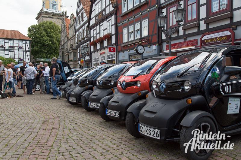 03 rintelnaktuell bundestwizytreffen twizycon renault elektromobilitaet strom autofahren marktplatz tesla twike i3 egolf metropolregion