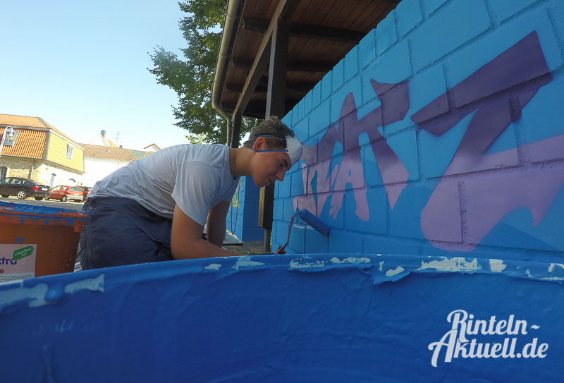 05 rintelnaktuell ferienspassaktion stadtjugendpflege graffiti stromverteiler art paint spray farbe kunst