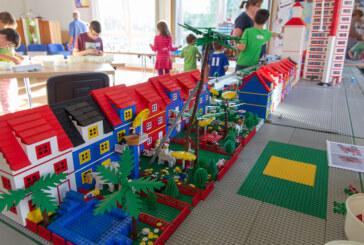 """""""Wir bauen gemeinsam eine Legostadt"""""""