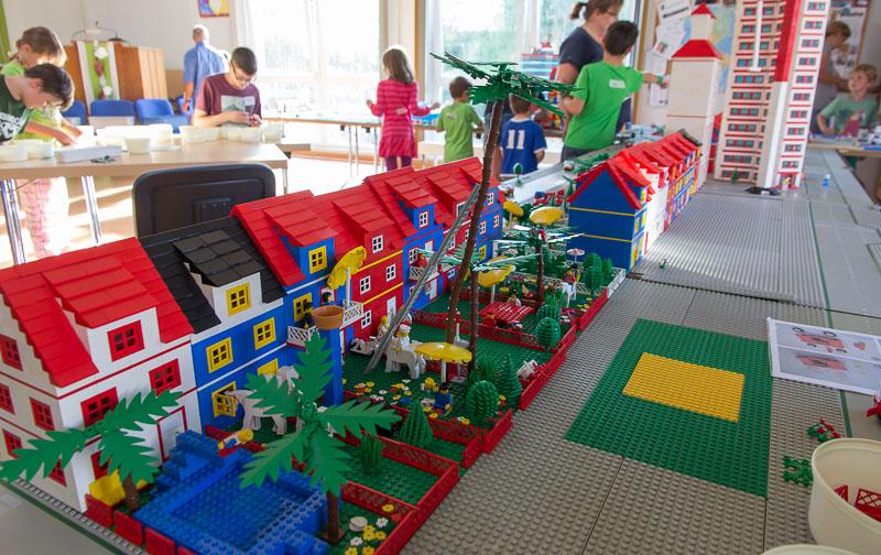 30 kinder bauen lego stadt in rinteln. Black Bedroom Furniture Sets. Home Design Ideas