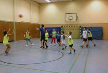 VTR-News: Basketball, Rhönrad, Bauch, Beine und Po
