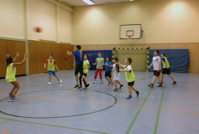 01-rintelnaktuell-vtr-basketball