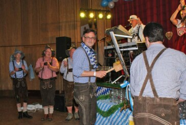 Rintelner Oktoberfest: Männerballett, Maß und gute Laune