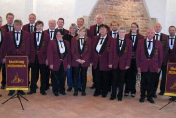 Musikzug der Freiwilligen Feuerwehr Möllenbeck mit Konzert im Kloster