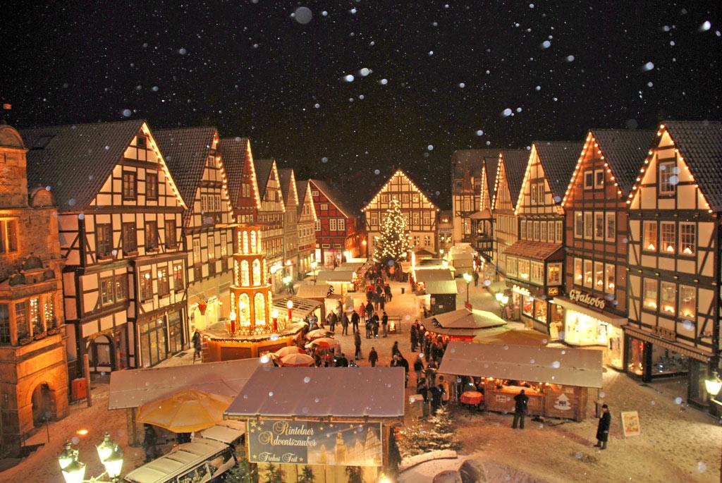 01-rintelnaktuell-adventszauber-weihnachtsmarkt-innenstadt-fest