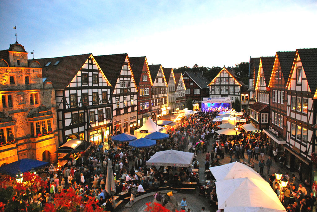 01-rintelnaktuell-altstadtfest-pressefoto-2014