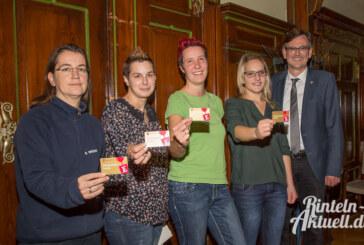 Ehrenamtskarten verliehen: Auszeichnung für Engagement im Ehrenamt
