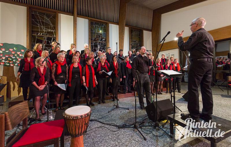 01-rintelnaktuell-jahreskonzert-gospelchor-johannis-kirchengemeinde-spirituals-musik-soul