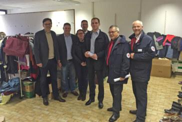 Vertreter der Politik zu Besuch in Prince Rupert School