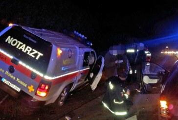 Steinbergen: Mercedes stößt mit Notarzt-Fahrzeug zusammen