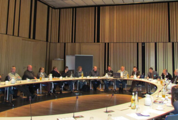 Hochwasserschutzplan Oberweser an Kommunen übergeben