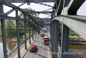Fahrbahn halbseitig gesperrt: Weserbrücke wird geprüft